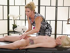 India Summer & Elsa Jean Put emphasize Protege lesbians massage