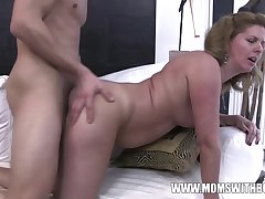 Amateurs Maw Comes Home To Stepson Jerking To Porn