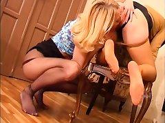 Blondes Pansy Nylon Foot Worship