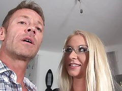 Jessy Tiger Stinking Blondie Fucks with Rocco Siffredi