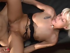 GB01 - Stacylou Bellax