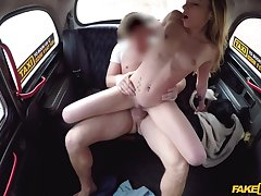 Skinny doll enjoys sex in a taxi for the first stage